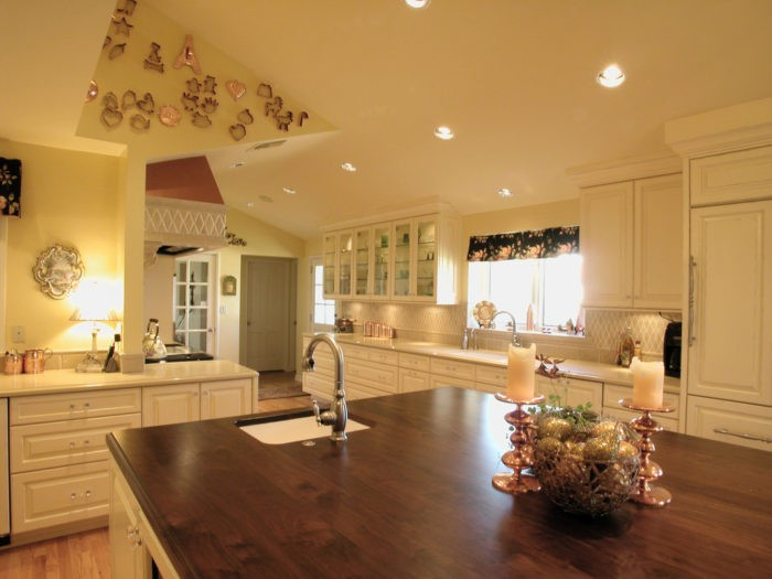 Baton Rouge Kitchen & Bath Remodeling Service Solutions-BA55E5~1-We do kitchen & bath remodeling, home renovations, custom lighting, custom cabinet installation, cabinet refacing and refinishing, outdoor kitchens, commercial kitchen, countertops, and more